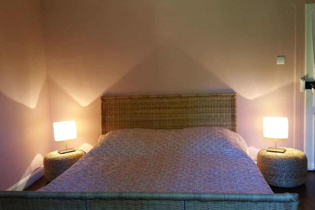 La chambre rose (avec lit 160)