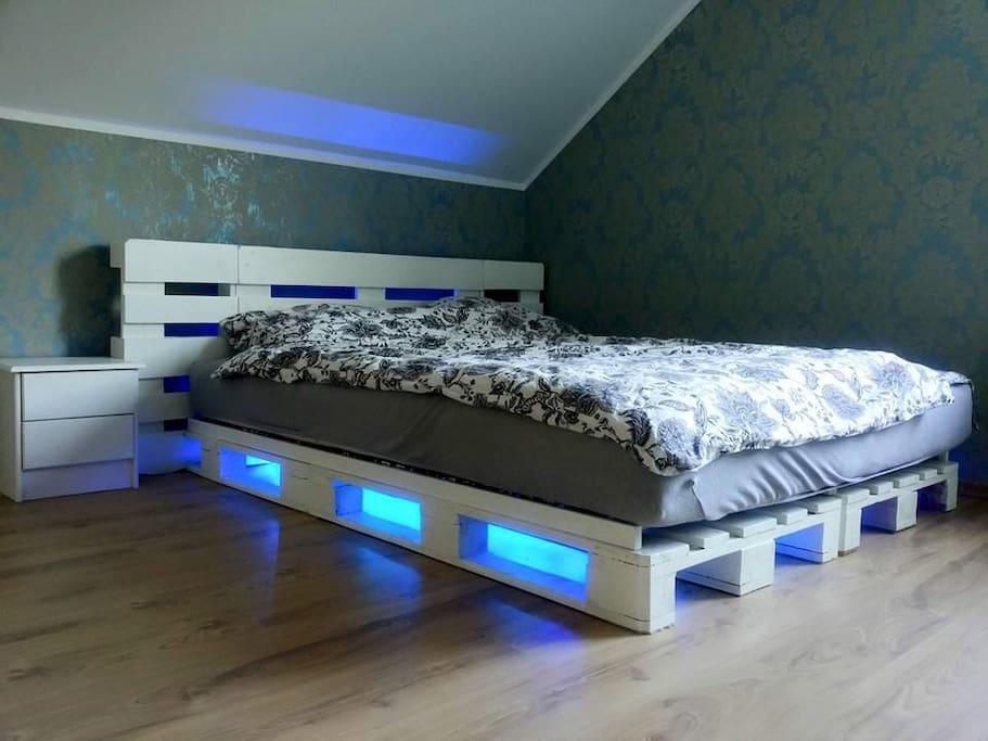 The Wow factor bedroom!!