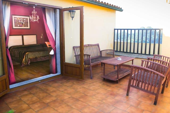 Habitación con terraza privada y piscina común - Vedra - Casa