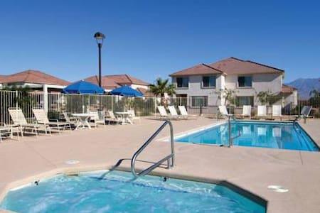 Mesquite Condo:  2 Master Bedrooms! - Mesquite - Apartamento