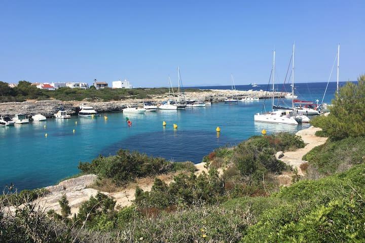 Beautiful Menorcan villa - great location!