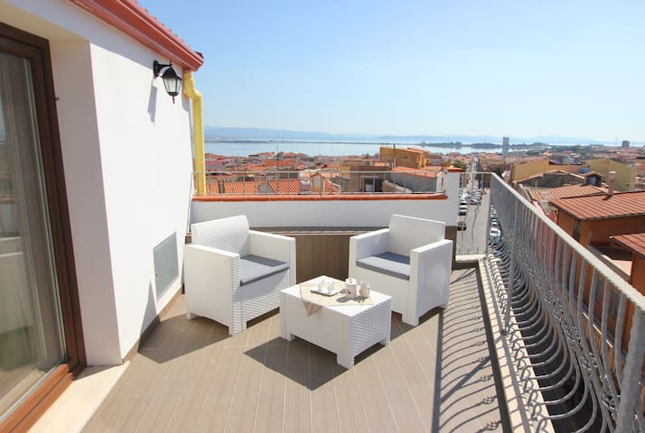 Monolocale in centro vista mare / amazing view - Sant'Antioco - Apartment