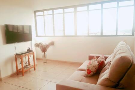 Apartamento Central com Vista!!!