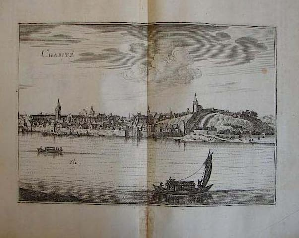 View of La Charité-sur-Loire drawn by Merrian 17th Century.