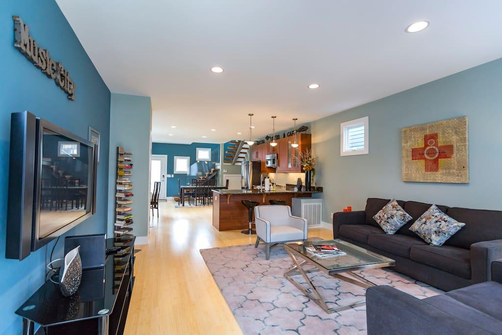Open contemporary floor plan