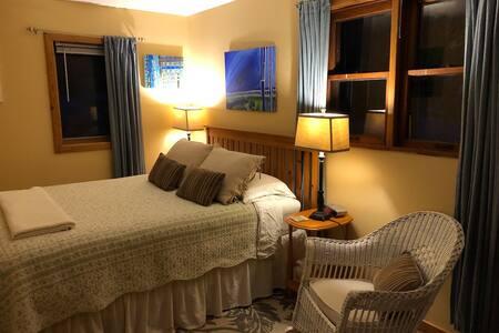 Energy Room - Artha Bed and Breakfast