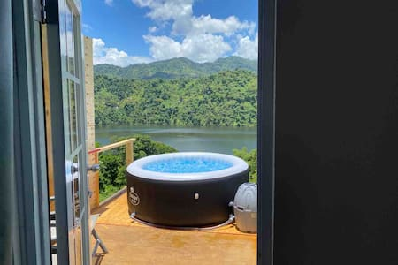 ☼Caonillas LakeView,Secluded Studio/Jacuzzi;WIFI