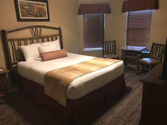 1BR Oak 'n Spruce Resort