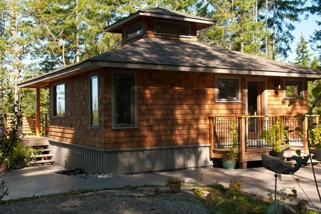 lund cottage