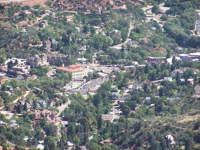 Manitou Springs from hiking trails