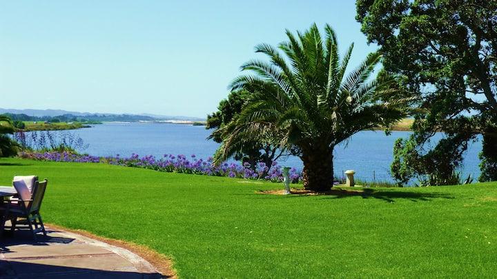 Waipu Cove Estuary Garden Apartment
