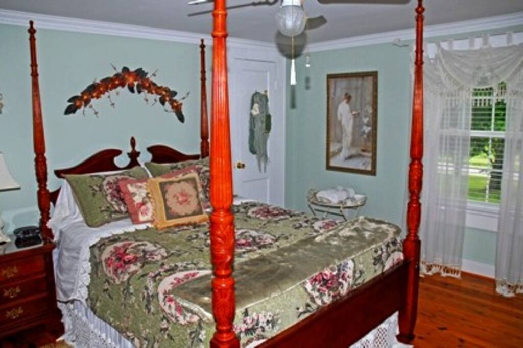 The Victoria Room   Step back in time in our Victoria Room which features Original Pine Flooring, Luxurious Bedding, TV, DVR, Stereo, Ceiling Fan, Refrigerator and a Large Balcony overlooking a Fountain and Flower Garden. Room Rate-$129.00 plus tax Per