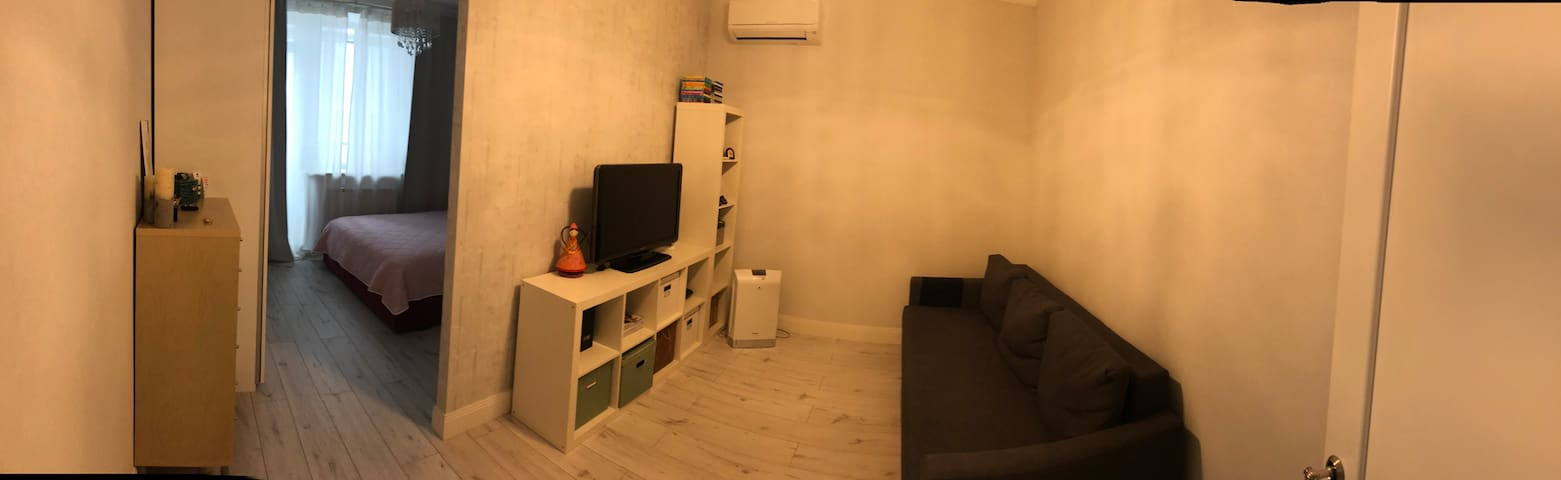 Main room (living space)