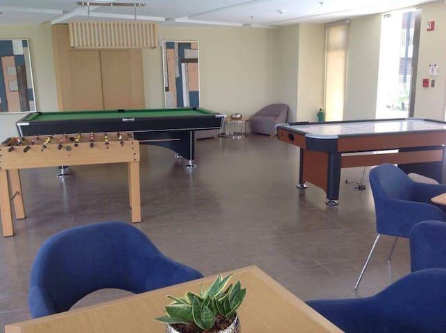 Angeles Pampanga Executive stay - Apartemen