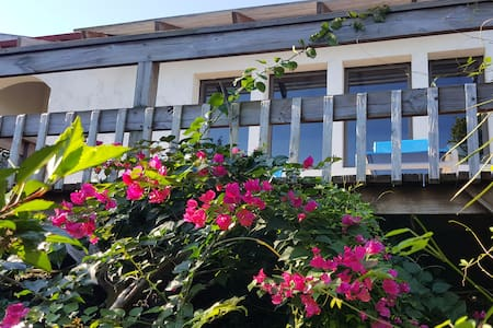 Belle Roche Villa Guest Cottage