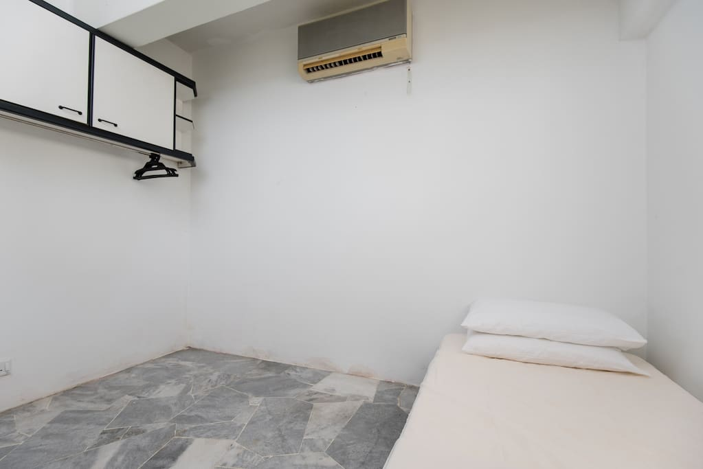 3rd Bedroom - Single Bed with Aircond