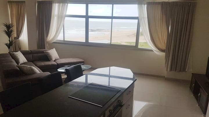 Beach Front Apartment - Doonside