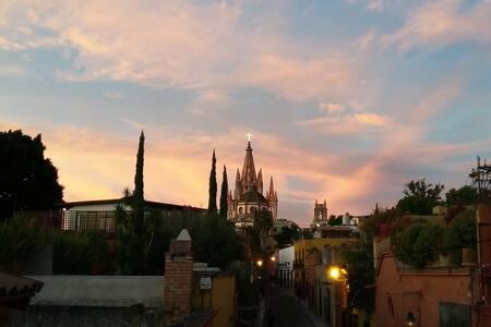 CASA SAUCE. Habitación privada 2 - San Miguel de Allende - Haus