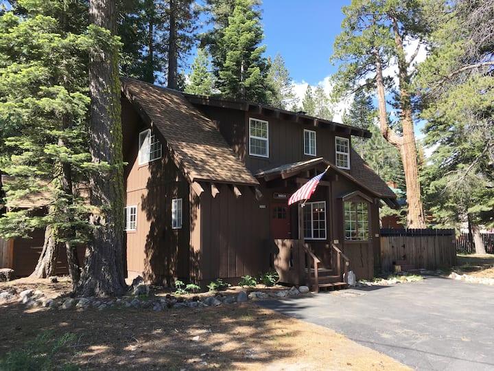 Charming Tahoma Cabin - Lake Tahoe West Shore