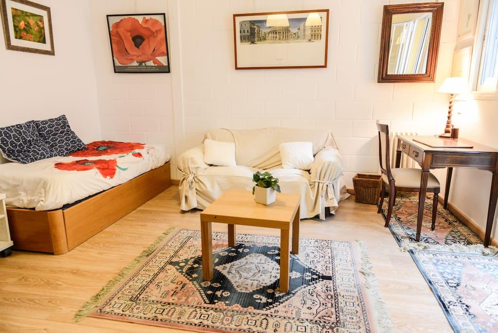 Dos camas nido sofá y escritorio