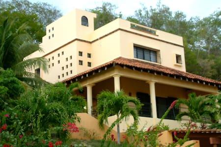 Stunning Turn-key Villa in Huatulco - Santa María Huatulco