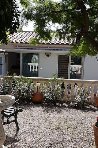 Airbnb® | Roquebrune-sur-Argens – Ferienwohnungen ...