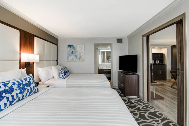 Modern Suite 2 Queen Beds London downtown