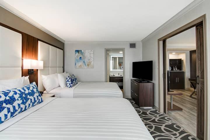 (YXU2Q1) Modern Suite 2 Queen Beds London downtown