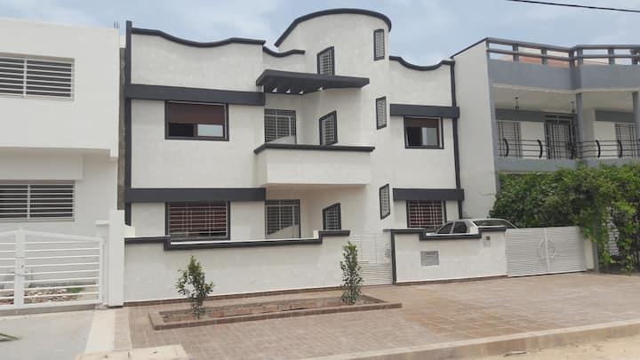 Appartement A en 1er etage villa proche de la mer.