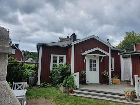 Gårdshus i Västervik Gardenhouse i Västervik.