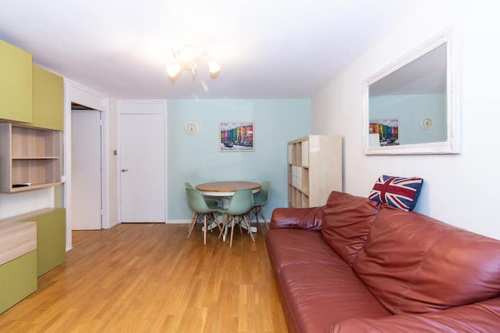 2 bedroom garden flat in Notting hill
