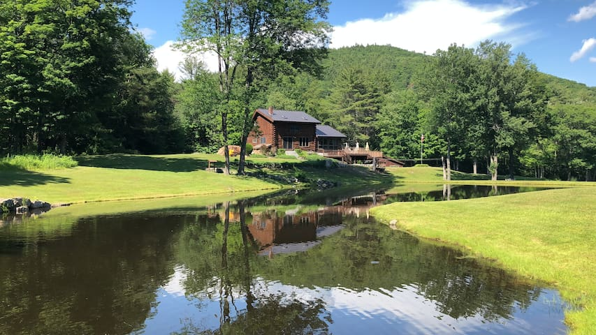 Tartan Rabbit w/Swim Pond, River & 15+acres & more