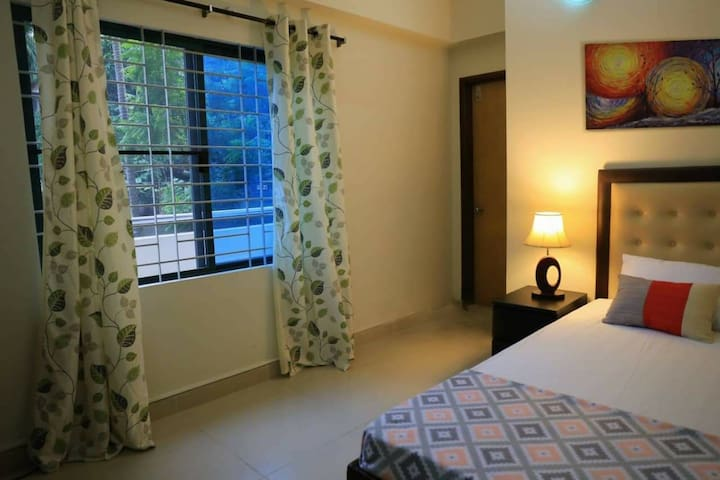 Entire 2 Bedroom Flat For Long Term 2 Bedrooms 2 Bathrooms Apartment Dhaka Bangladesh