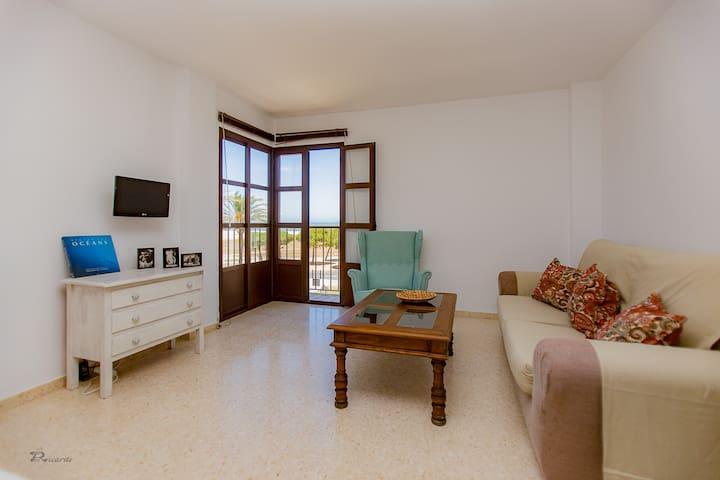 Apartamento con vistas en primera linea de playa
