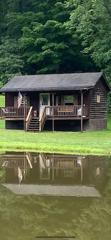 Country cabin with beautiful fishing  ponds