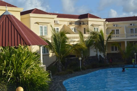 Sea View Villa 20 yards from the beach