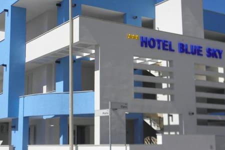 blue sky  Bed and Breakfast - San Foca - Bed & Breakfast