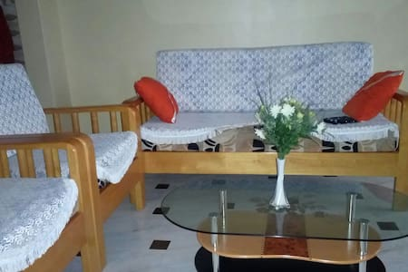 """"""".....A Home Away From Home.....!"""" - Kampala - Huis"""