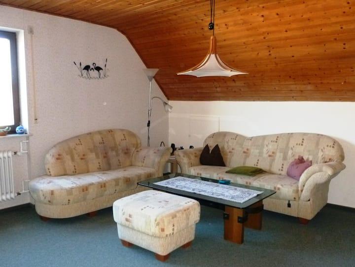 Ferienwohnung Sanna, (Niedereschach), Ferienwohnung, 75qm, Balkon, 2 Schlafzimmer, max. 4 Personen