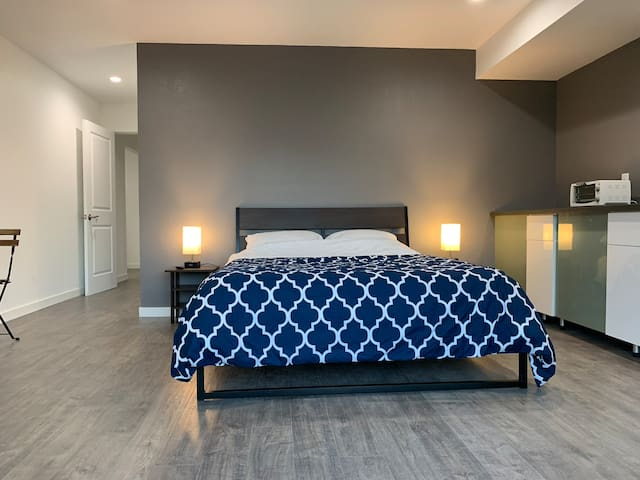 Newly renovated guest suites- South Gate retreat