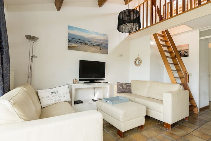 Sfeervol vrijstaand vakantiehuis - Egmond aan Den Hoef - Bungaló