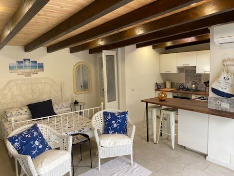 A romantic poolside studio near Lake Maggiore