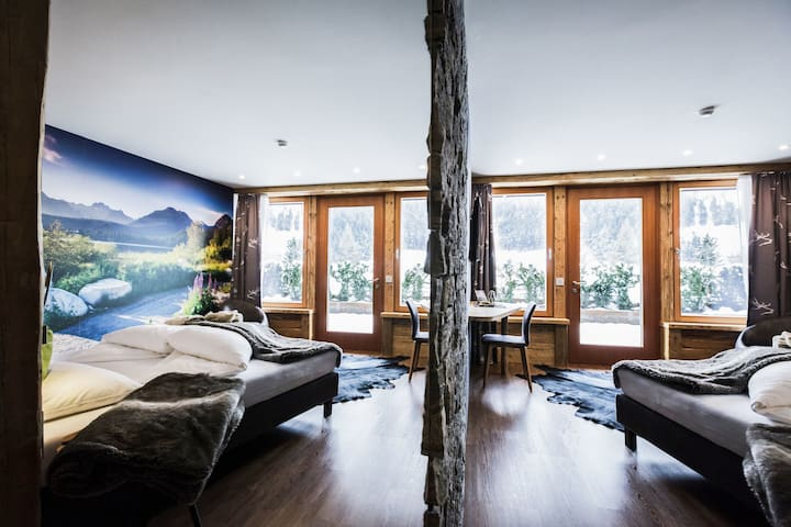 Luxury Apartment Lodge with Terrace, Mountain View and Spa Access