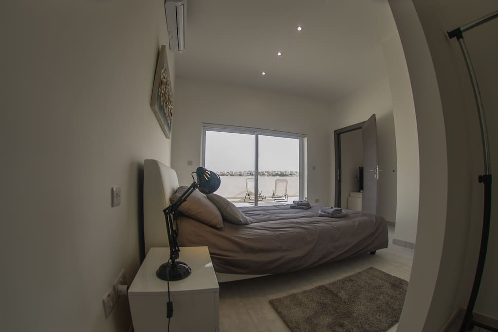 Loads of Natural Light in all rooms