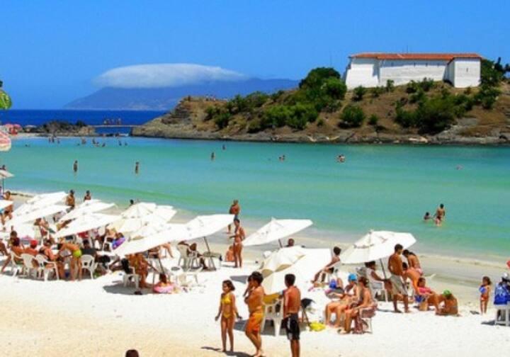 Praia do forte excepicional.