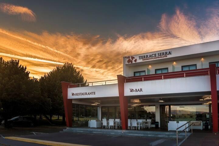 Terrace Serra - Residence & Restaurante