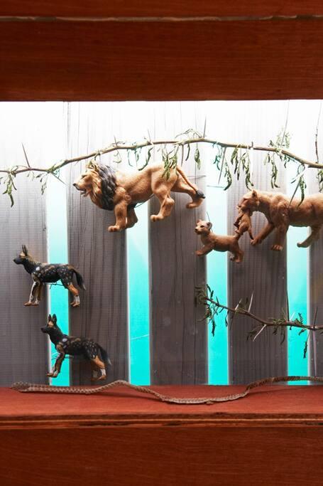 """Safari Rooftop Airstream Trailer """"animals"""""""