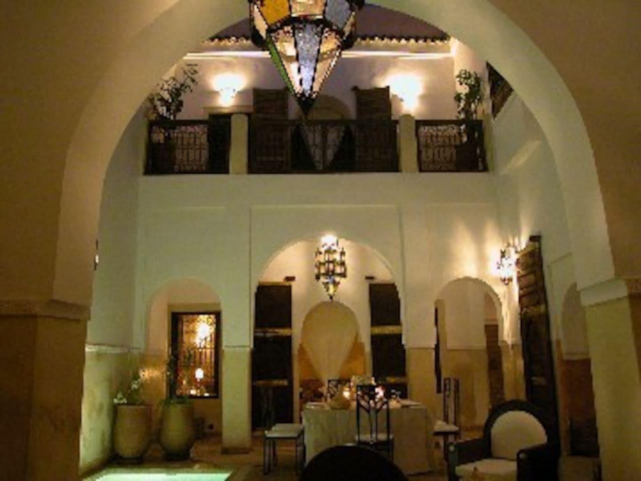 Riad Des Soeurs w/5 bedrooms & pool