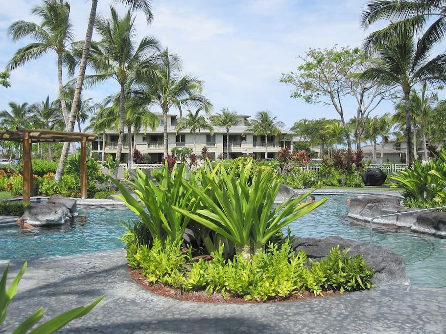 Owner access to Gorgeous Resort Pool & Amenities