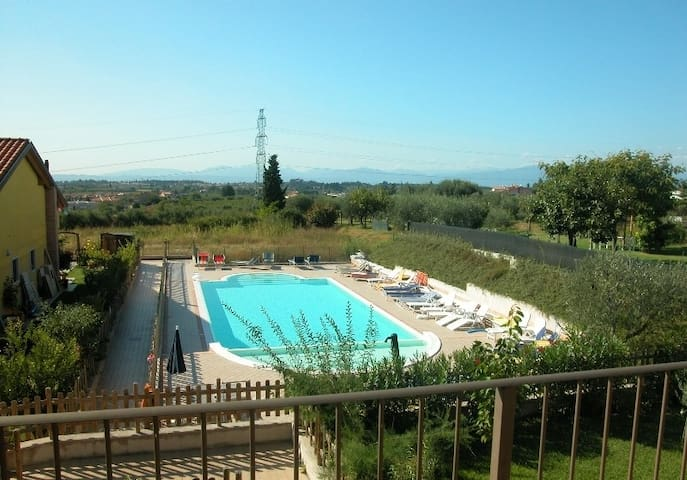 Nice apartment close to Lazise - Sandrà - Wohnung